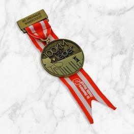 Kurzes Band 100KM Ieper medaille